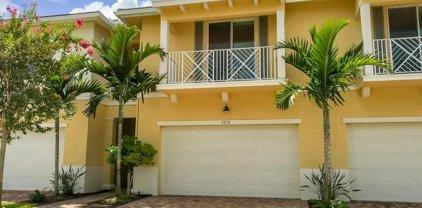 5238 Cambridge Court, Palm Beach Gardens