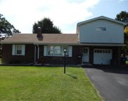 4172 Windsor, South Whitehall Township image