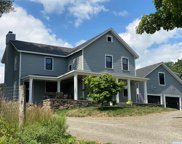 26 Middle Road, Greenport image