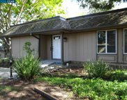 1605 Skycrest Dr Unit 17, Walnut Creek image