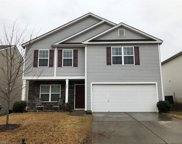 4886 Old Towne Village Circle, Pfafftown image