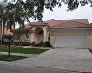 743 Crescent Way, Weston image