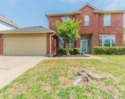 3116 Forest Creek Drive, Fort Worth image