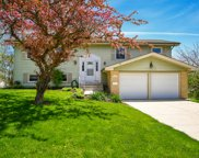 2S171 Huntington Court, Glen Ellyn image