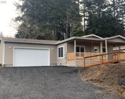 64377 Welch  ST, Coos Bay image