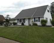 22 Heartwood Road, Levittown image