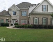 2931 Trailing Ivy Way, Buford image