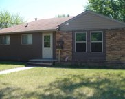 517 SW 17th Ave, Minot image