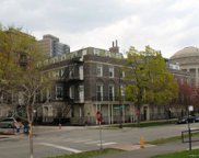 2700 Lakeview Avenue, Chicago image