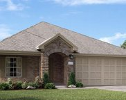 680 Copper Bend Lane, La Marque image