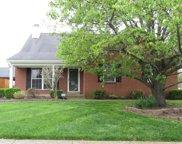 4624 Wooded Oak Cir, Louisville image