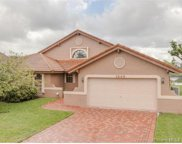 1540 W Oak Knoll Cir, Davie image