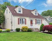 74 Cleveland Avenue, Hasbrouck Heights image