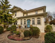 344 Plymouth  Avenue, Brightwaters image