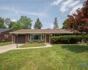 6712 Lincoln Green, Holland image