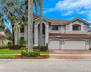 2060 Quail Roost Dr, Weston image