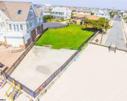 5 & 6 DOLPHIN Dr, Margate image