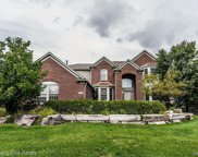 6904 Covington Crt, West Bloomfield image