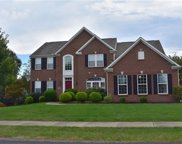 1018 Autumn Woods Dr, Moon/Crescent Twp image