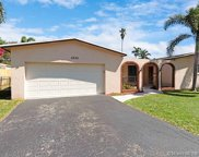 5220 Sw 88th Ter, Cooper City image