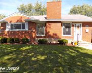 22421 Red Maple Ln, Saint Clair Shores image
