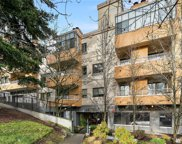 7600 SE 29th St Unit 304, Mercer Island image