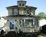 255 Lowell Ave, Floral Park image