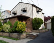 223 W 3rd St, Clifton City image