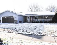 1671 Hunters Glen Drive, Oshkosh image