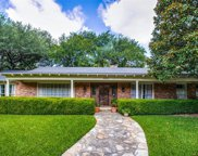 3512 Overton Park Drive W, Fort Worth image