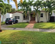 521 SW 23rd Rd, Miami image