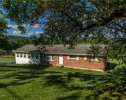 988 Hoch, Moore Township image