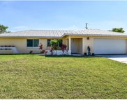 1042 SE 26th TER, Cape Coral image