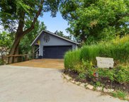 803 Nw South Shore Drive, Lake Waukomis image