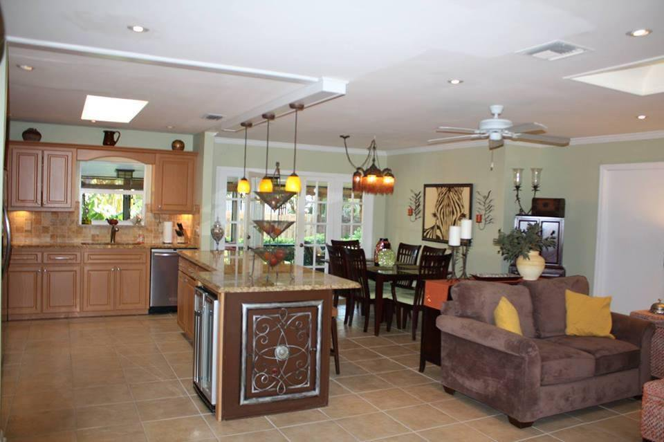 jensen beach christian singles Perfect beach rental or permanent residence this 2 bedroom 1 bath is move in ready, neat as a pin and completely furnished and ready to move in golf cart included.