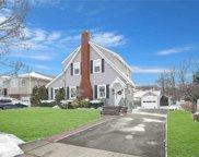 68 Keeler  Avenue, Merrick image