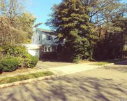 10 Milburn Ct, Freeport image