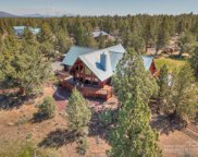65220 Smokey Ridge, Bend image