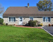 703 Gardiners  Ave, Levittown image