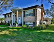 3270 Yorkchester  Drive, St Louis image