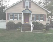 123 Lakeview  Avenue, West Islip image