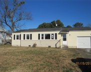 828 Holly Hedge Avenue, South Central 1 Virginia Beach image