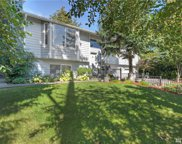2916 NE 195th St, Lake Forest Park image