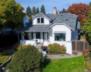 7574 E Green Lake Dr N, Seattle image