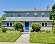 158 Newberry Avenue, Libertyville image