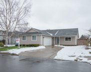 72 VILLAGE  DR, Creswell image