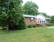 124 Spring Hill Dr, Winchester image
