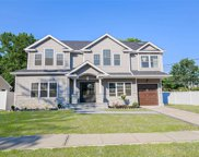85 Diamond  Drive, Plainview image
