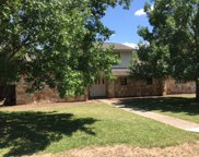 2803 Great Oaks Dr, Round Rock image