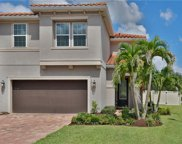 10127 Grand Oak Circle, Madeira Beach image
